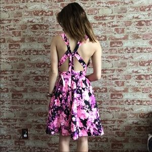 Modcloth Dresses - ModCloth Ark & Co Cut Out bright Floral Dress